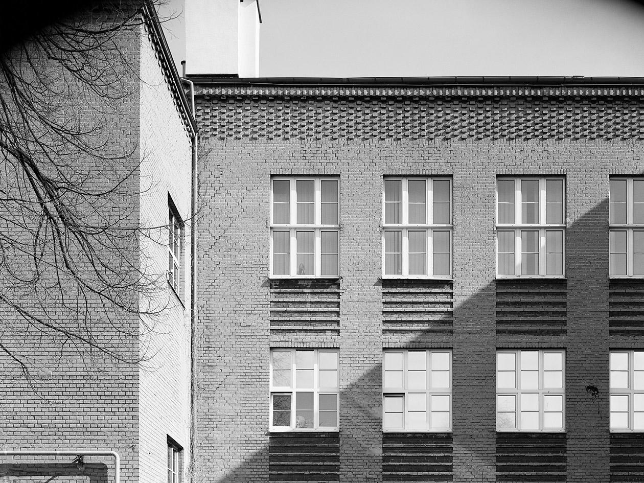 Szkoła Nauk Politycznych (obecnie Krajowa Szkoła Administracji Publicznej), 1926–1933, ul. Wawelska 56 Fot. Błażej Pindor